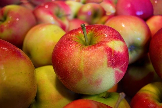 One million apples donated for 10 million meals campaign