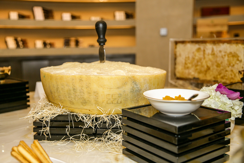 Parmigiano Reggiano Consortium presents a sensory analysis of the 'King of Cheese' at Armani Ristorante